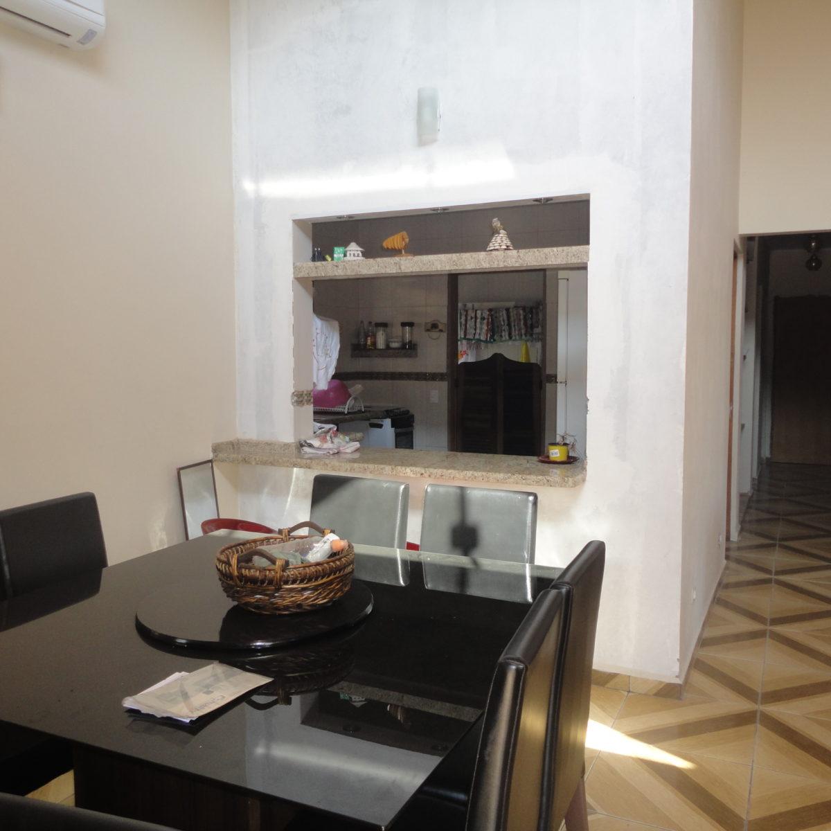 Ref.: R$350.000,00 Casa térrea 3 dorm (81264) Vendida